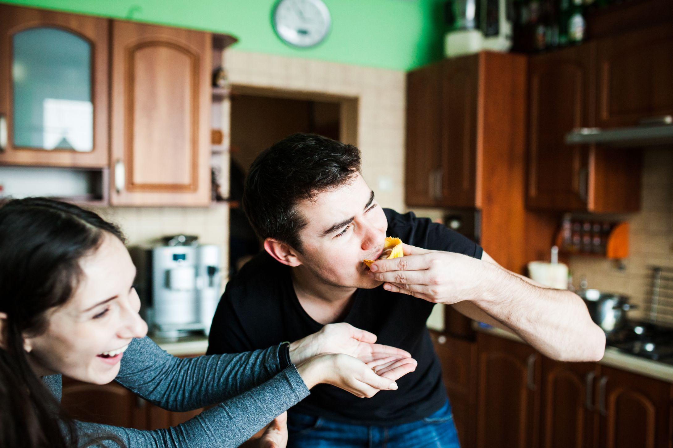 Sesja narzeczenska w kuchni (27)