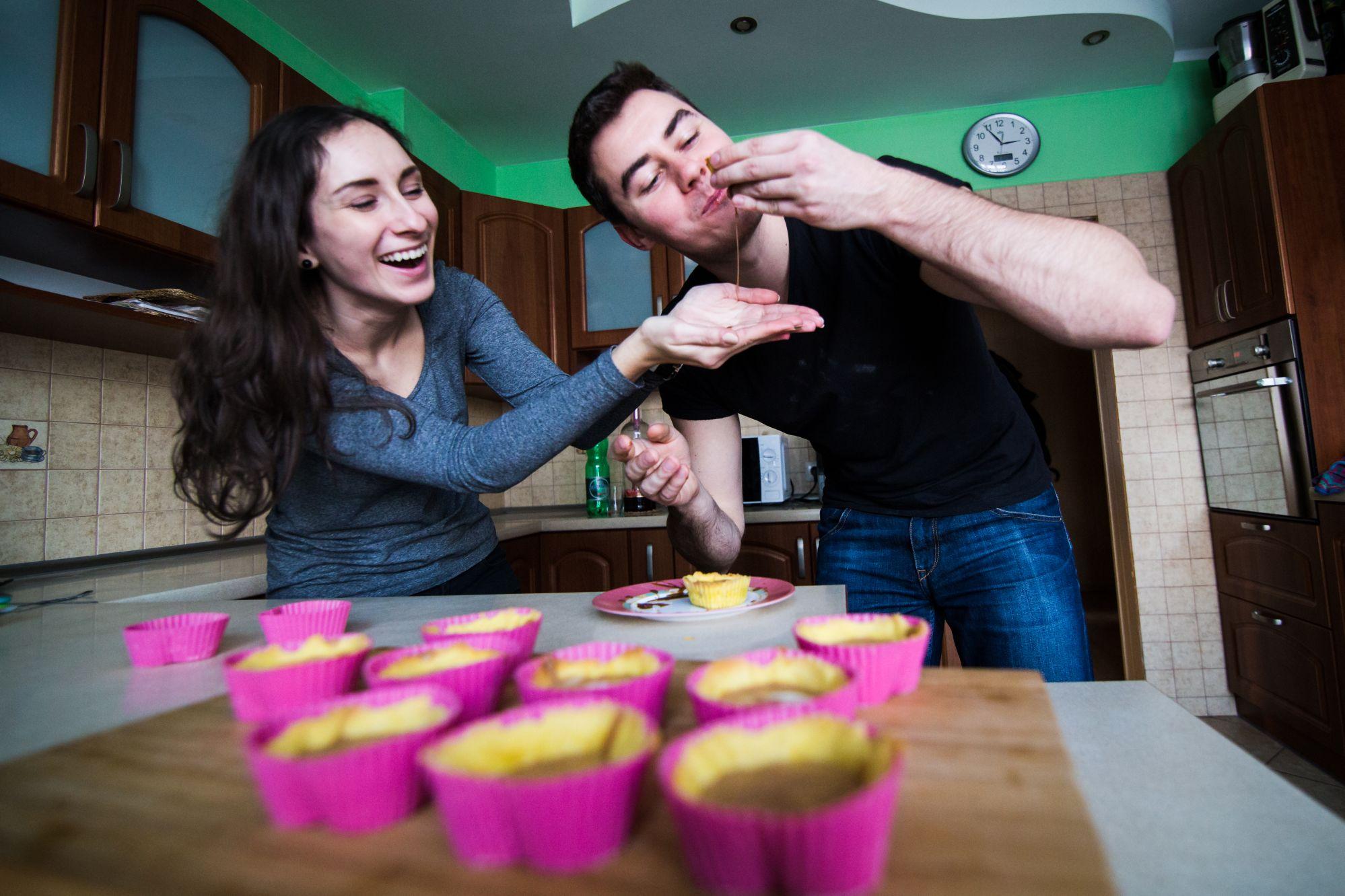 Sesja narzeczenska w kuchni (28)