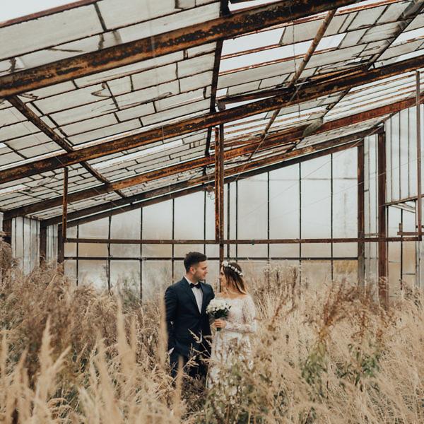 Monika + Tomek - Sesja poślubna w szklarni