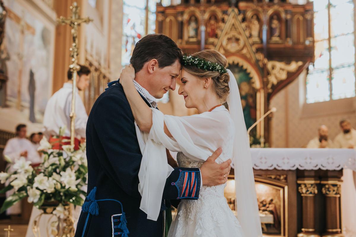 Ślub tradycyjny w śląskim klimacie
