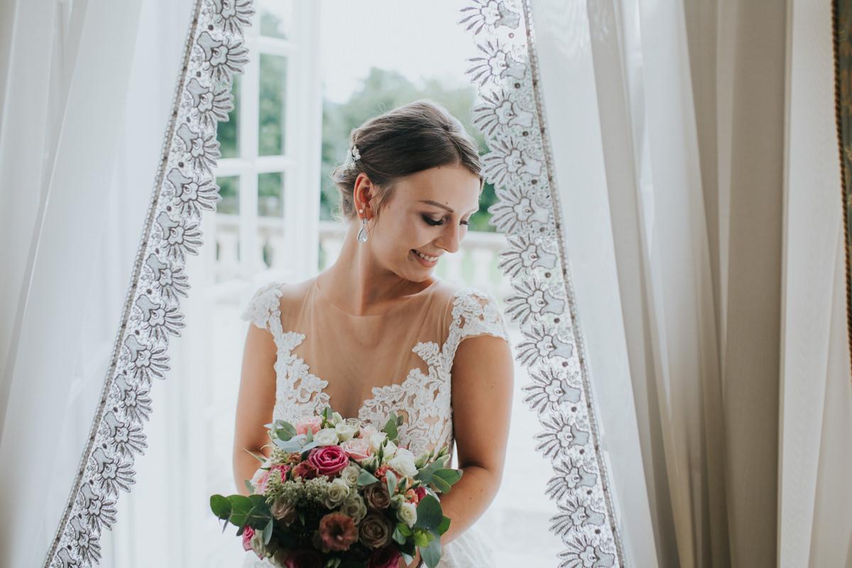 Najlepsze naturalne zdjęcia ślubne w Małopolsce
